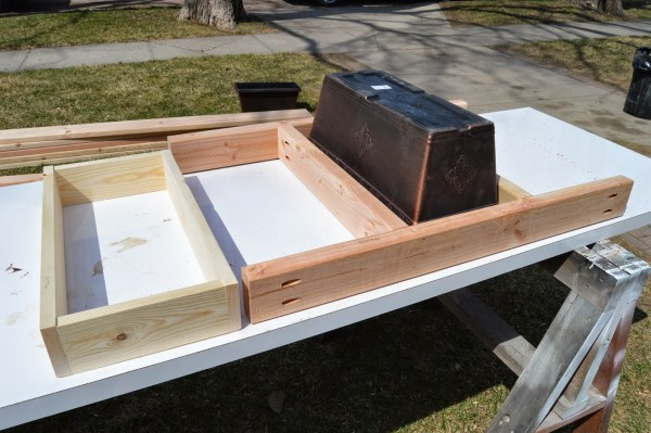 fit patio table ice box frames to supports 6, Kruse's Workshop on Remodelaholic