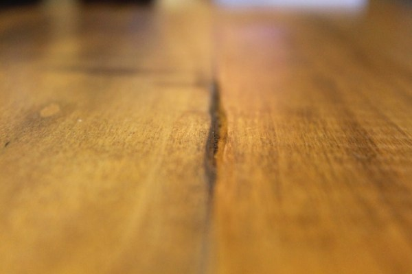 imitating wear and tear on faux reclaimed wood countertops, The Ragged Wren on Remodelaholic
