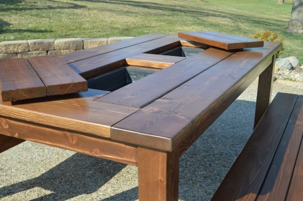 patio table with built-in ice boxes, Kruse's Workshop on Remodelaholic
