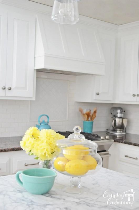 white kitchen with subway tile backsplash, Everyday Enchanting on Remodelaholic
