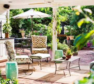 6 Ways to Make Over a Concrete Patio