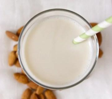 10 Uses for Almond Milk - Tipsaholic.com