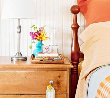 7 Tips for preparing your guest room for company - tipsaholic, #guestroom, #host, #home