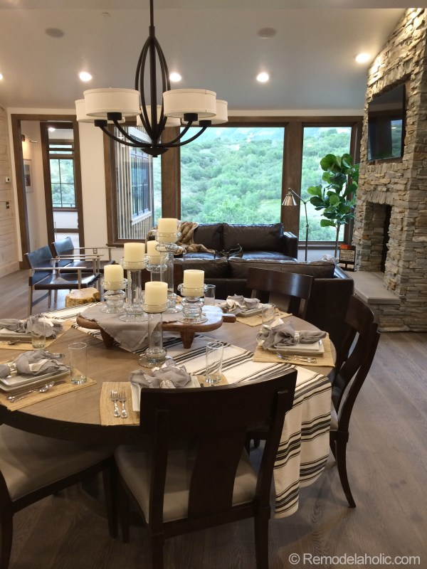 Modern cabin Living Dining