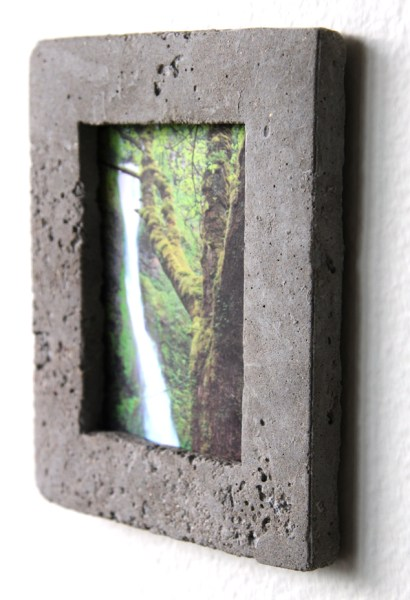 DIY concrete picture frame tutorial