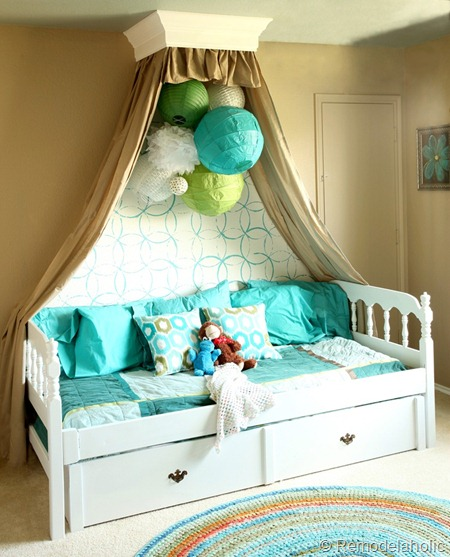 Diy Inspiration Daybeds: 25 Beautiful Bed Canopies You Can DIY