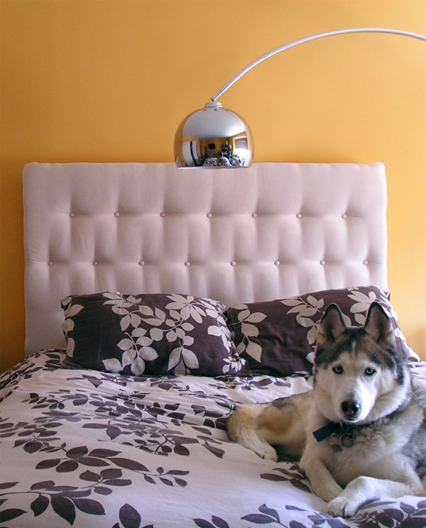 tufted headboard tutorial via Remodelaholic.com