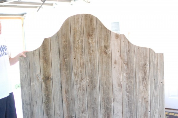 ornate rustic wood headboard diy, The Accent Piece on Remodelaholic