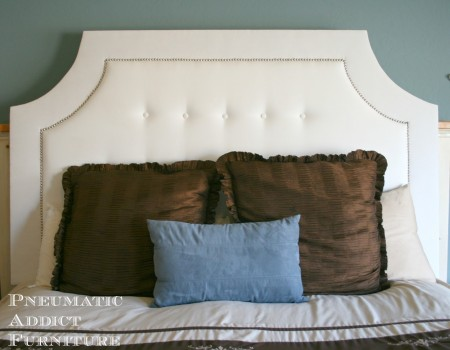 scooped upholstered headboard tutorial via Remodelaholic