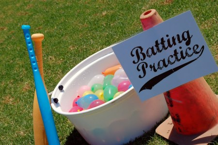 tipsaholic-water-balloon-baseball-icandy on Remodelaholic