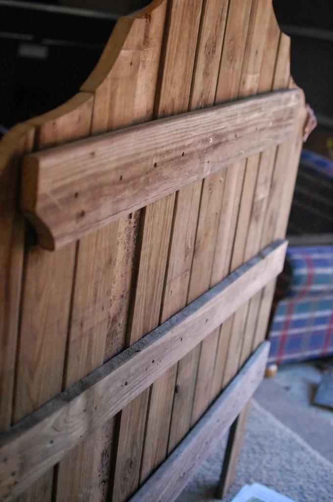 Remodelaholic Curvy Reclaimed Wood Headboard Tutorial