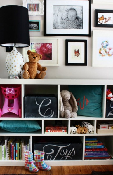 chalkboard toy box via Remodelaholic