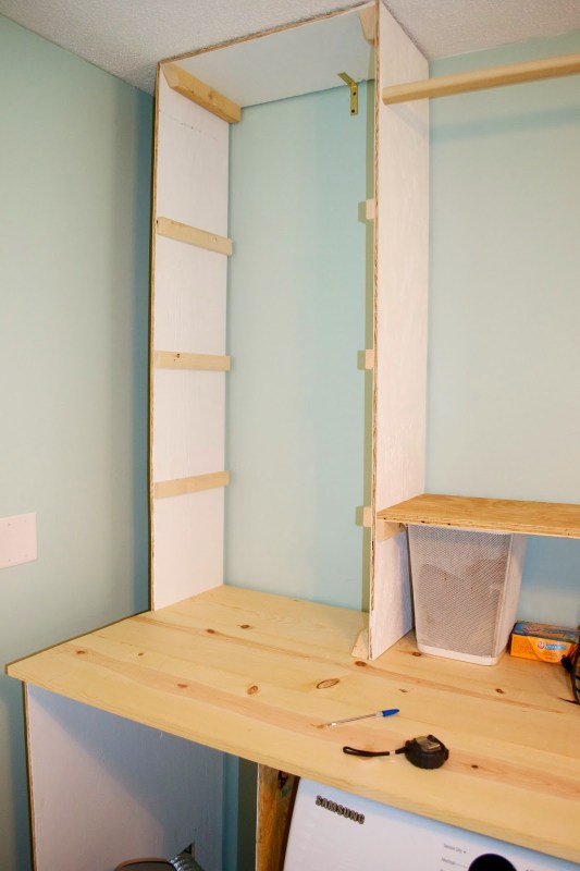 Building the laundry unit 05, Seesaws and Sawhorses on Remodelaholic