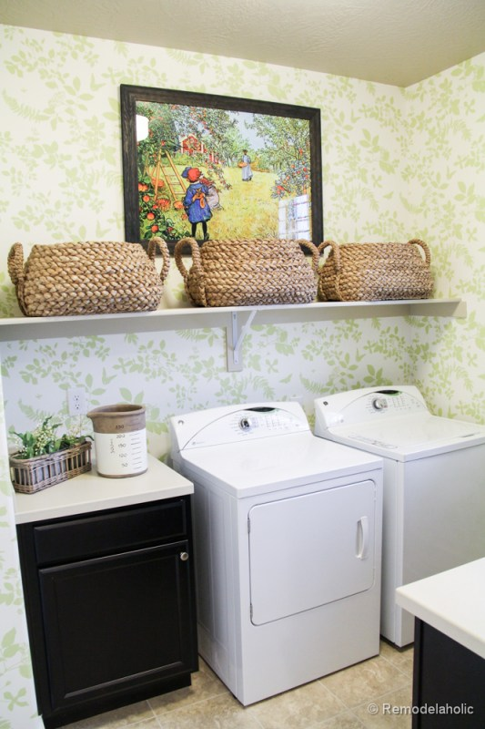 Fabulous Laundry room design ideas from @Remodelaholic (62 of 103)