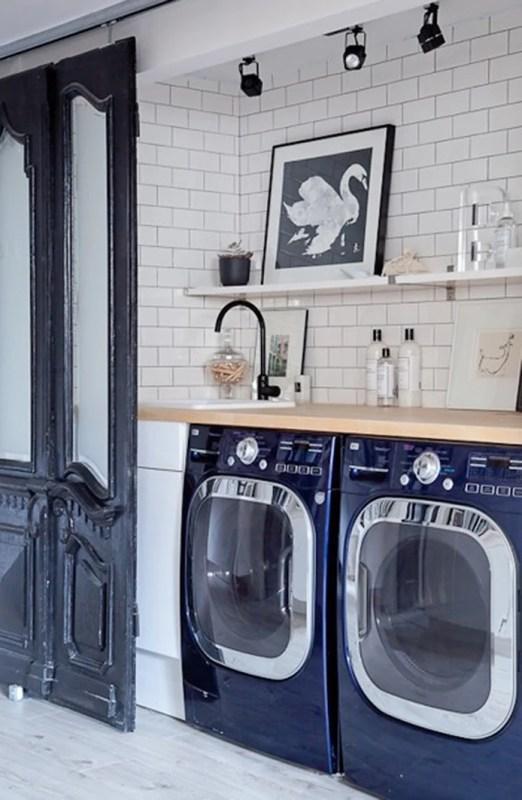 grande salle de lavage avec grand style! Belle idée présentée sur Remodelaholic.com