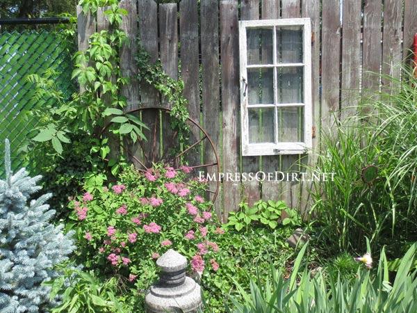 Remodelaholic 100 Ways to Use Old Windows