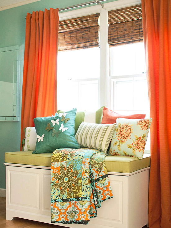 BHG - use a cedar chest with cushion as a window seat via @Remodelaholic