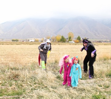 My little Pony Family costumes @Remodelaholic
