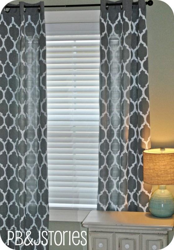 PBJ Stories - diy trellis painted curtains - via Remodelaholic
