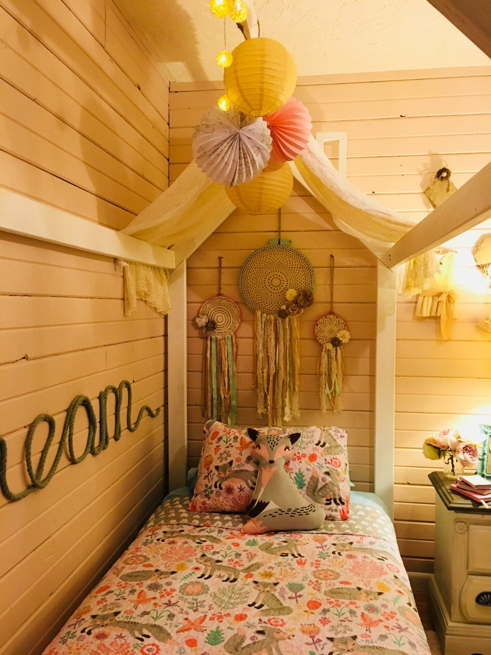 Cute Bed Frame Colors