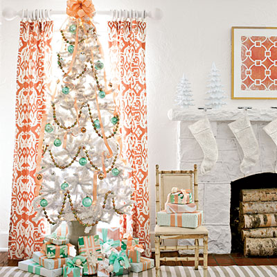 mint and peach christmas tree - Southern Living via @Remodelaholic