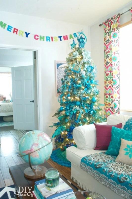 peacock blue christmas tree - The DIY Show Off via @Remodelaholic