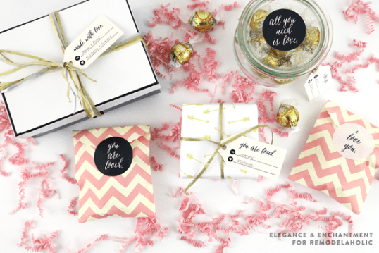Printable Valentines Day Stickers and Tags @Remodelaholic