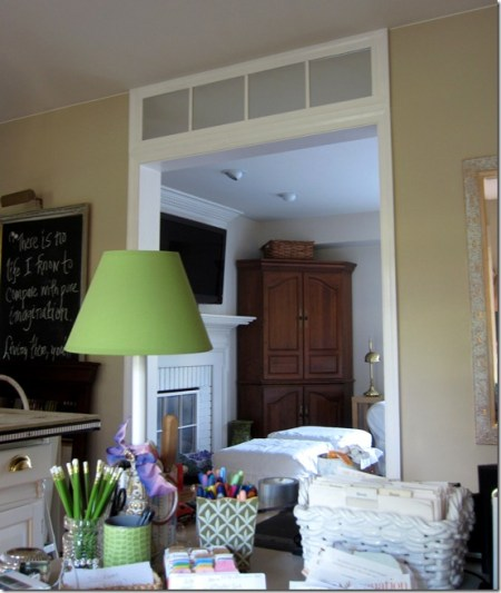 faux transom, In My Own Style via @Remodelaholic