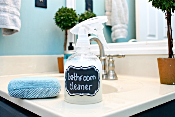 Remodelaholic Diy All Natural Bathroom Cleaner