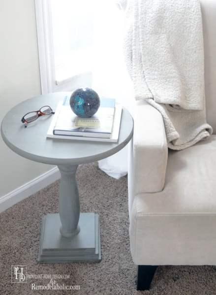 Remodelaholic rustic square bedside table building tutorial for Diy square pedestal table