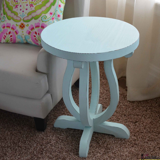 DIY curvy side table 550