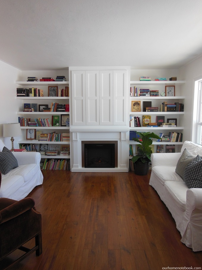 Surprising Remodelaholic Built In Fireplace Surround And Shelving Home Remodeling Inspirations Genioncuboardxyz