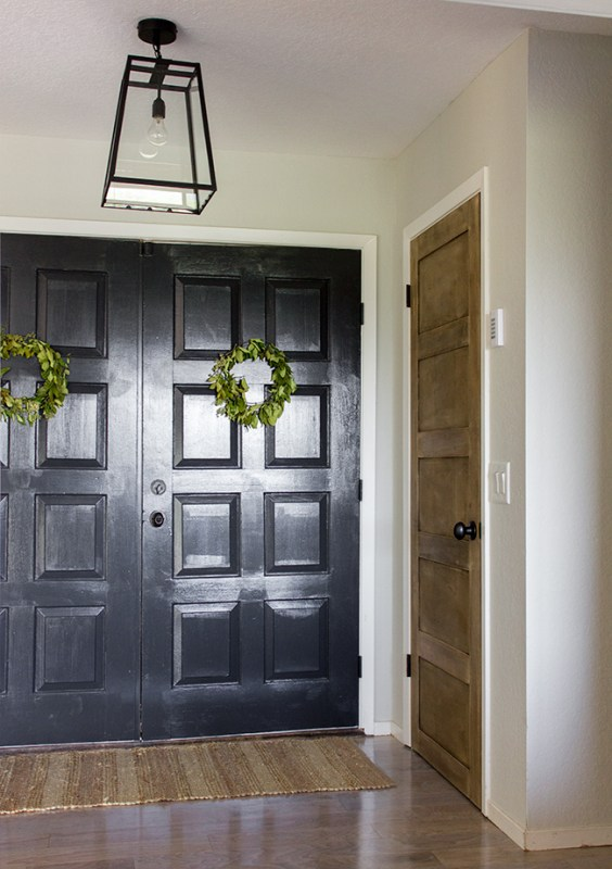 How to DIY a Wooden 5 Panel Door by Jenna Sue Design Co featured on @Remodelaholic