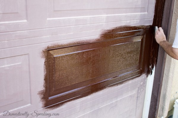 faux wood garage door using gel stain - Domestically Speaking