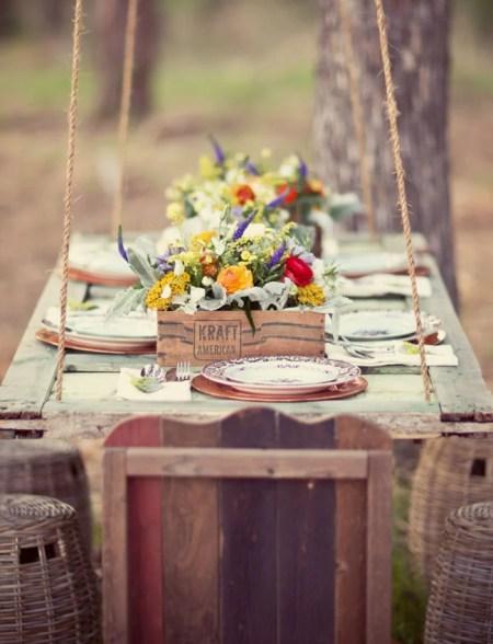 hanging-garden-table-green-wedding-shoes