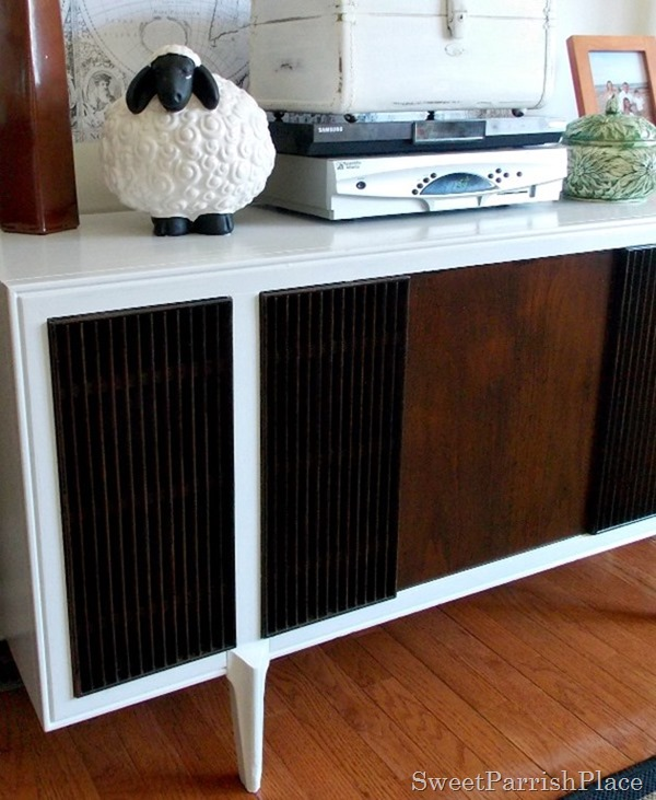 painted projects - update MCM record cabinet Sweet Parrish Place