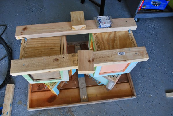 Building Block Base for Childrens Playtable by ToolBox Divas for Remodelaholic
