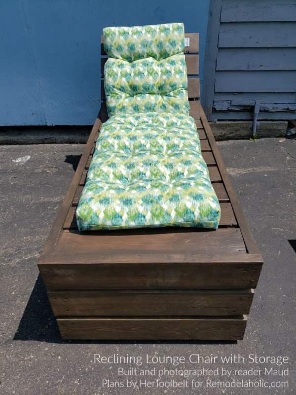 Chaise longue de bricolage construite par Maud, plans de chaise longue de pont par Remodelaholic