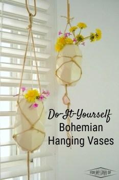 do it yourself bohemian hanging vasesboho handfuls of wild flowers in diiy hanging vases