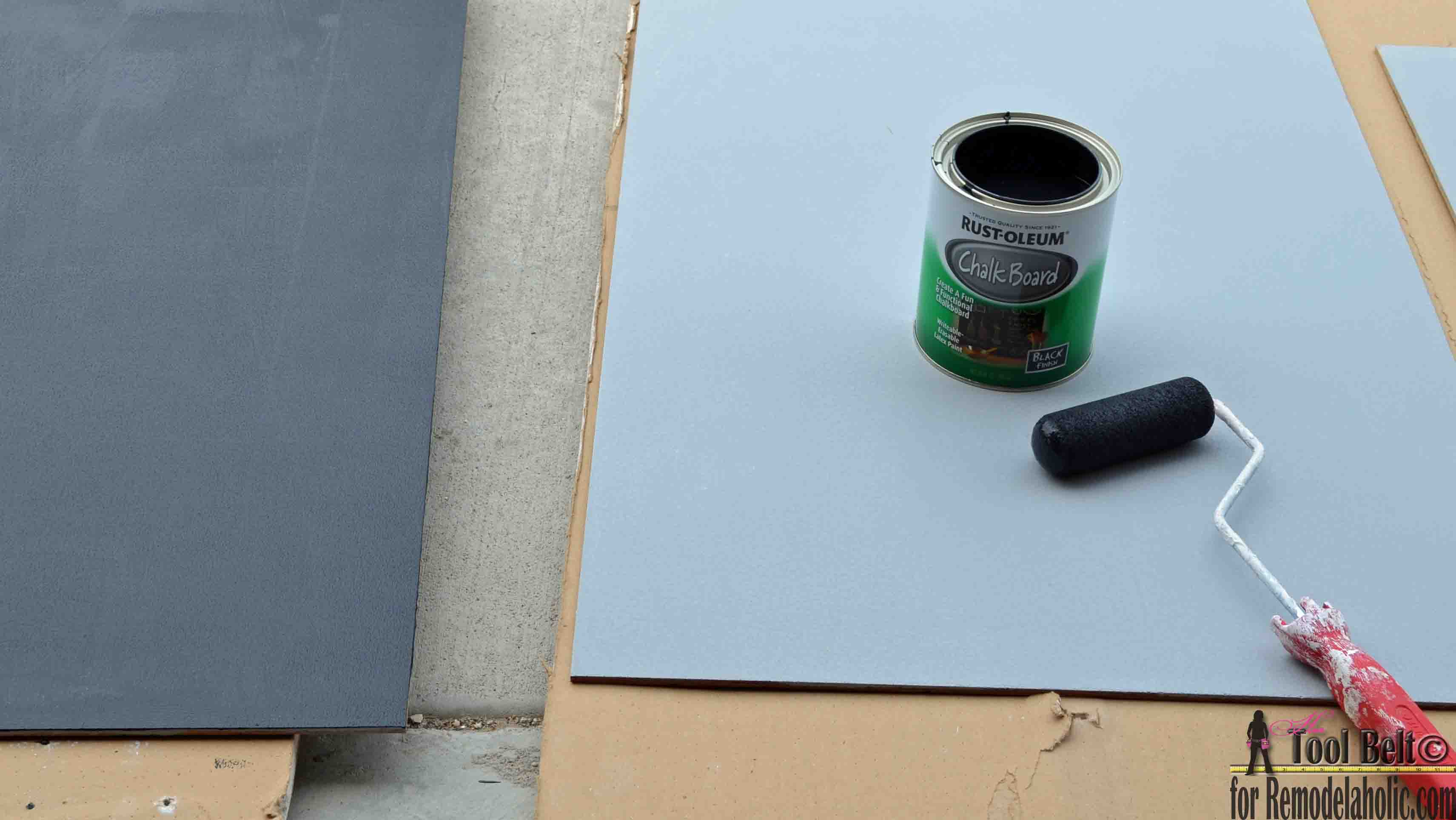 Remodelaholic | DIY Chalkboard Easel