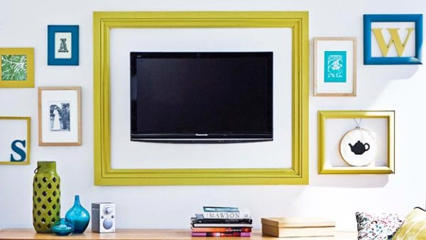 framed television gallery wall via ninemsn