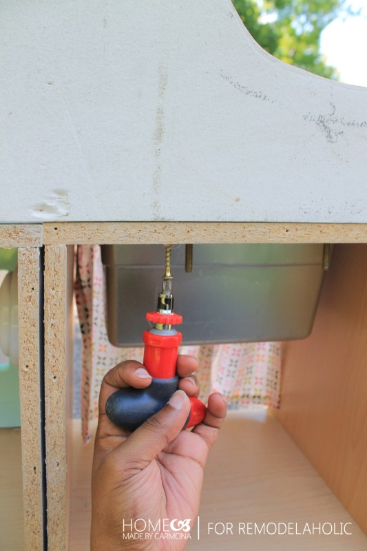 how to put a backsplash on a kitchen playset