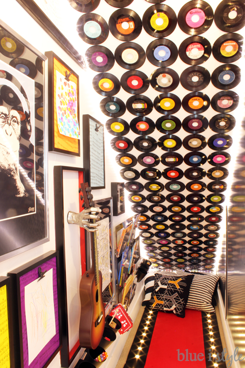 DIY Wall Decor Ideas: how to mount records on the wall for a feature wall, no damage to the wall (Blue I Style)