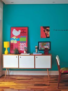 Describing paint color: Bright