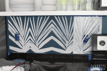 diy-kitchen-backsplash-stencil-10