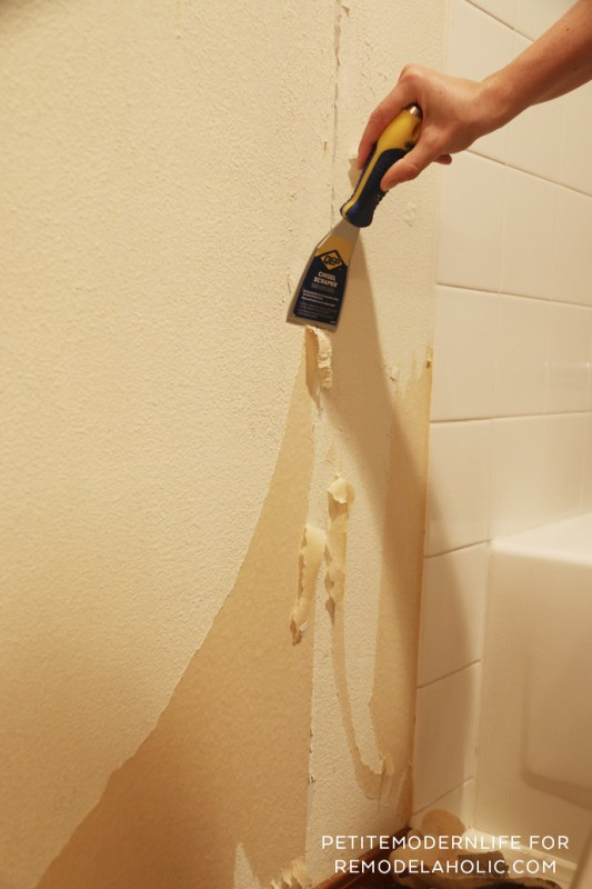 Remove wallpaper in 2 easy steps WITHOUT chemicals! And find out how to prep for paint!
