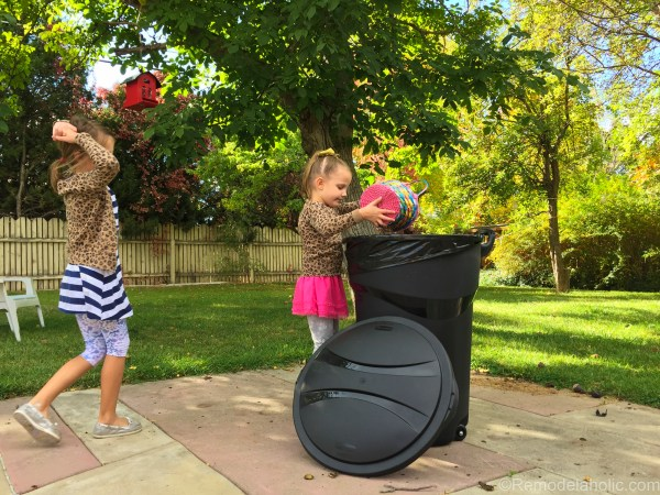 cleaning up the backyard with roughneck @remodelaholic (7 of 9)