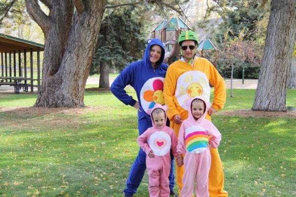 Family Halloween Costumes - Care Bears, diy costumes
