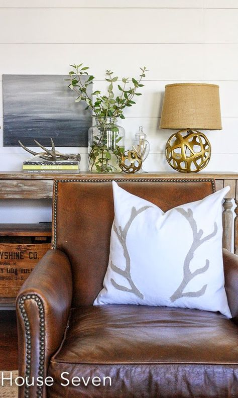 Tips for Decorating in Neutrals: neutrals with metallics