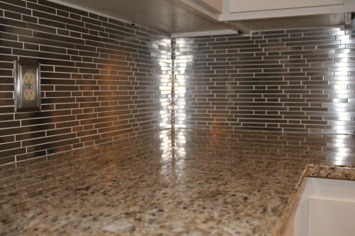 stainless steel kitchen backsplash, construction2style on @Remodelaholic